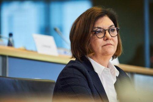 Staus an Grenzübergängen: EU-Kommissarin Vălean spricht mit Verkehrsministern