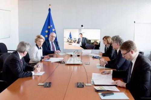 Coronavirus: EU ergreift weitere Maßnahmen, kritisiert US-Einreisestopp für Europäer