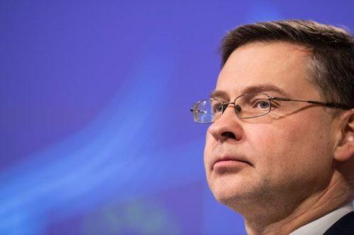 Corona-Krisenmaßnahmen: Kommission begrüßt bewährte Verfahren zur Entlastung von Verbrauchern und Unternehmen