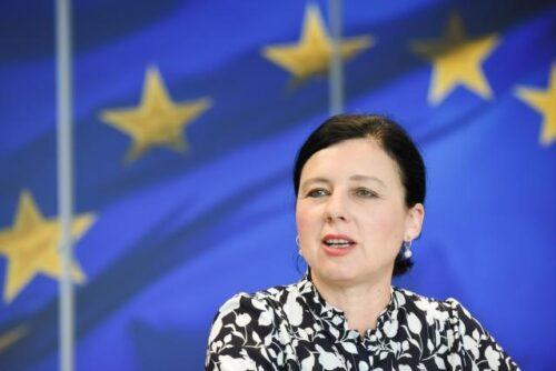EU-Kommission startet öffentliche Konsultation für neuen Aktionsplan für Europäische Demokratie