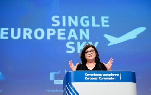 Verkehrskommissarin Vălean pocht auf Reform des europäischen Luftraums