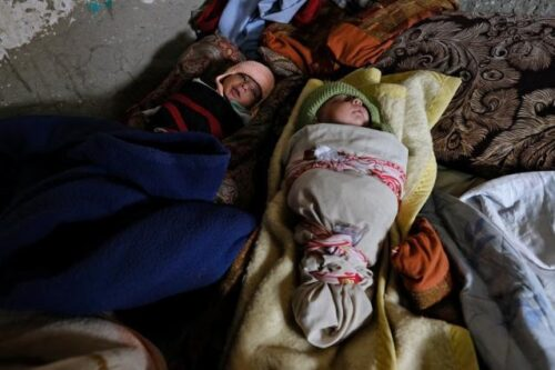 Dritte humanitäre EU-Luftbrücke liefert weitere lebensrettende Hilfe nach Afghanistan